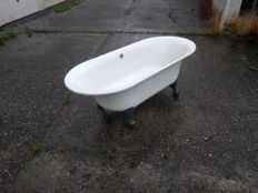 "Jan des Bouvrie for Villeroy & Boch - ""Ceta"" bath on legs"