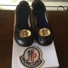 Moncler – Ballet flats in brown leather