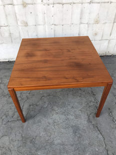 Unknown design – a teak coffee table