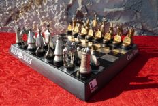 Salvador Dali - Collector surrealist chess game