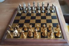 Franklin Mint Tournament At Camelot chess set, gold plated, silver-plated, rare