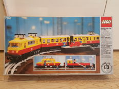 Train - 7740 - Inter City Passenger Train Set