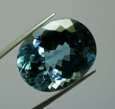 Topas, intensive -blue, 53.86 ct