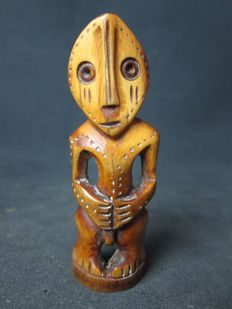 Antique ivory figurine - LEGA - D.R. Congo