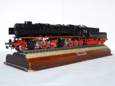 "Märklin H0 - 3102 - Steam locomotive Series BR 53 with towed tender ""Mallet"" Borsig with 2 smoke generators of the DB"