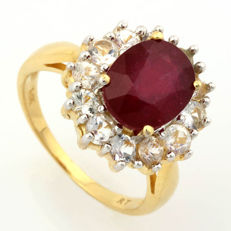 14KY Gold Ring with 3.0 ct Ruby and 12 White sapphire 1.73ct  in total  - US size 7.5 ***No reserve***
