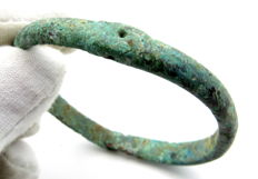 Ancient Celtic  bronze bracelet decorated - 50 mm