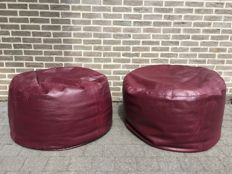 Manufacturer unknown - 2 vintage leather stools