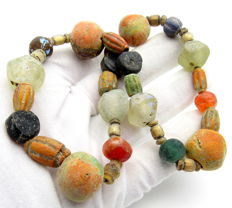 Viking Period  Necklace with Coloured Glass Beads - 69.6 gr