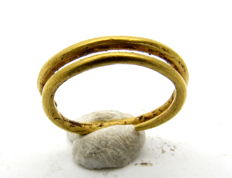 Celtic Gold Coiled ring - 11 mm