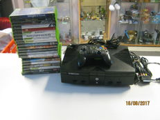 Original Xbox including 21 nice games like : Fable , Crash and more