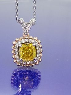 14 kt gold pendant with fancy deep yellowish orangy colour diamond & 27 diamonds