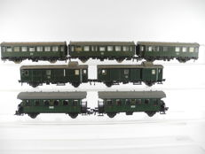 Fleischmann H0 - 3 conversion wagons of the DB, 2 passenger carriages of the DRG and 2 baggage wagons of the DB [296 P]