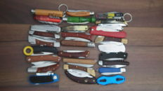 Collection of 28 pocket knives - used - working well - sharp - different origins