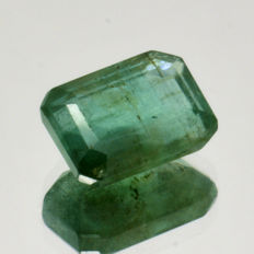 Emerald – 2.33 ct – No reserve price.