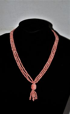 Antique Dutch necklace with angel skin coral and Amsterdam silver clasp