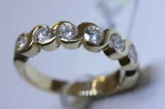 Ring in 14 kt yellow gold with brilliant-cut diamonds totalling 1.05 ct - Ring size: 16 (50).