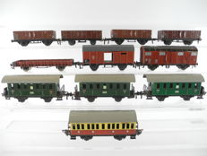 Fleischmann H0 - 7 freight wagons and 4 passenger carriages of the DB, from plate steel or cast iron [295P]