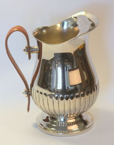 Vintage silver plate water jug with leather handle, Circa.1950's