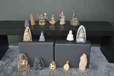 Buddhist amulets released from a personal collection (15 pieces) - Thailand - mid/late 20th century