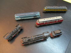 Fleischmann H0 - 4280/1385/1381/1361/1350 - 5x diesel or steam locomotives