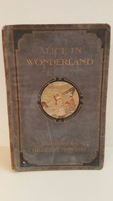 Lewis Carroll - Alice's Adventures in Wonderland - 1907