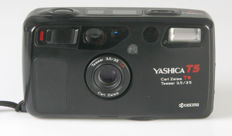 Yashica T5 with Carl Zeiss Tessar 3.5/35 mm T*