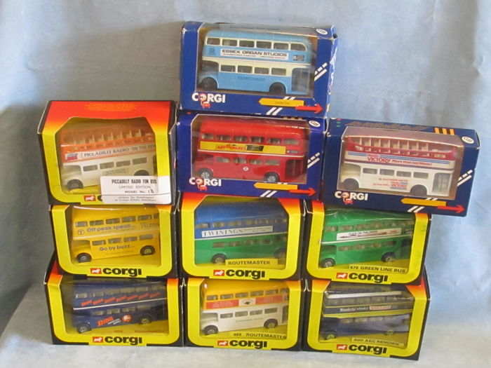Corgi - 1/66 scale - Lot with 10 x Assorted C469 Routemaster Buses