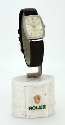 "Rolex ""Cellini"" 18K White gold manual winding wristwatch, ca.1970"