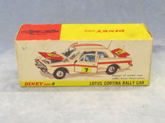 Dinky Toys - Scale 1/43 - Ford Lotus Cortina Rally Car No.205