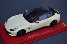 BBR - Scale 1/18 - Ferrari GTC4 Lusso avorio with carbon roof - Limited Edtion 10 pcs