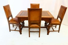 A Neo-Renaissance oak dinette - the Netherlands - circa 1880