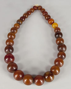 Necklace of phenolic resin beads - Songhai ethnicity - Mali
