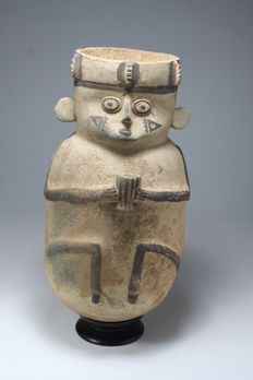 Anthropomorphic terracotta receptacle, 345 x 180 mm