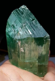 Aesthetic Untreated Natural Hiddenite Kunzite Crystal - 88 x 52 x 36 mm - 276 gm