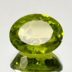 Peridot – 4.14 ct – No reserve price