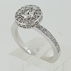 Exclusive diamond ring with 0,59ct GIA certificate