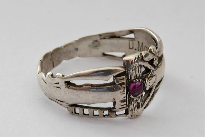 Copy of the wedding ring of Martin Luther and Katherina von Bora