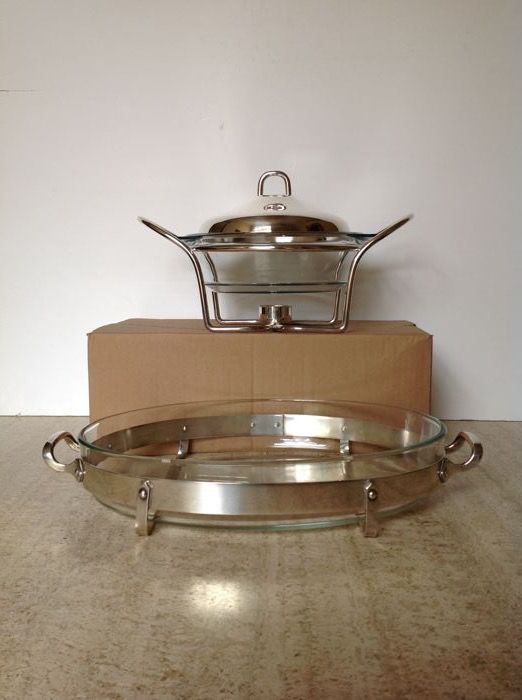2 stylish silver plated serving dishes with refractory insert