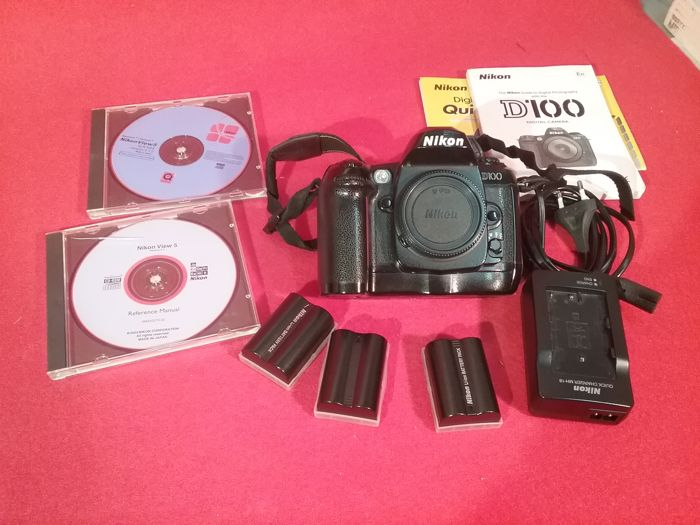 nikon d100 camera with three batteries charger and discs and manual rh auction catawiki com manual nikon d90 manual nikon d5100