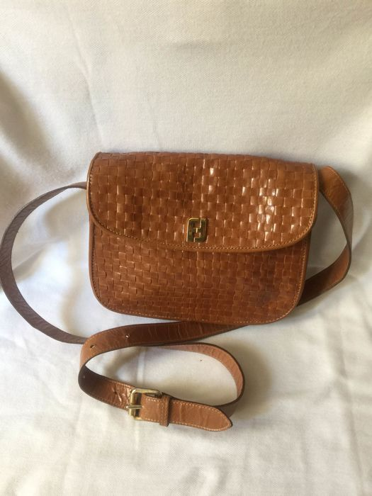 4392c6e4fefd Fendi vintage bag    No minimum price    - Catawiki