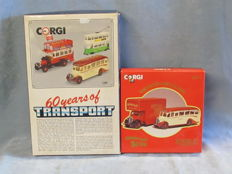 Corgi - Scale 1/50 - Lot with 5 models in 2 sets: Bedford, Tram & B Type bus