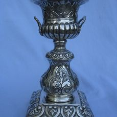 Embossed Vase in silver 800, Neo-Renaissance style  Italy - 1872/1934