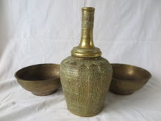 Copper jug and two bowls - Sumatra - Indonesia