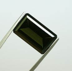 Diopside yellowish, green 21.42ct