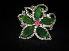 Natural Jadeite with ruby and 0.70 ct. diamond flower ring made of 18K white gold, incl. Hong Kong certificate