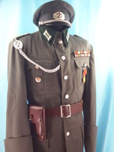 Germany - Uniform of Capitan NVA, antik model, Visor Cap, Lether Belt with Hoster, Officer pants