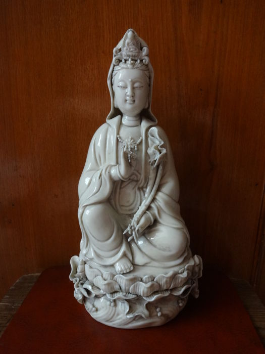 A white porcelain, Guanyin statue - China - late 20th century