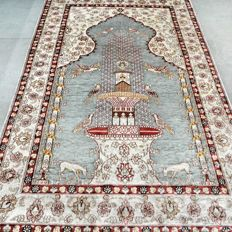 Very finely knotted 100% silk fountain Kayseri carpet 700,000 knots/m² - with certificate
