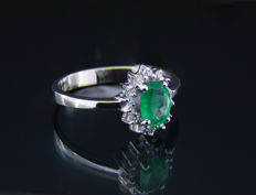 14k gold ring with emerald and diamonds  0.05 ct.. ***No reserve*** - Ring size: 17.3 mm. (7 US)